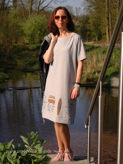 Basic Hoodie Raglan als Kleid