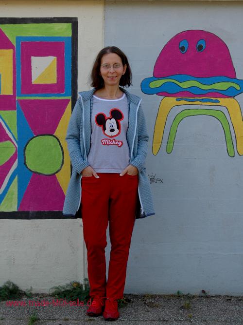 Maseike-Shirt mit Joggingpants und Sweat-Jacke