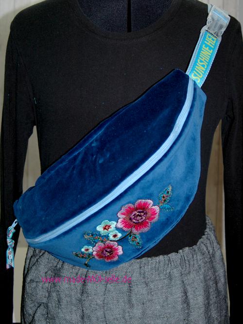 Sling Bag - Bauchtasche