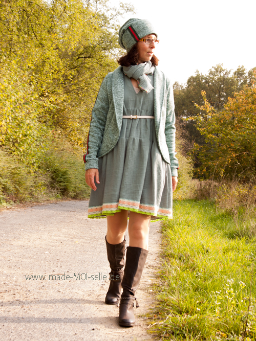 Kleid Nelina in grün herbsttauglich