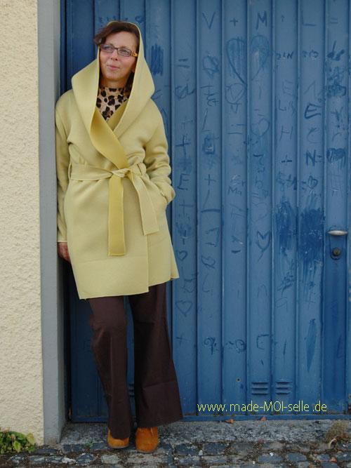 Mantel Frau Lori aus Scuba in gelb