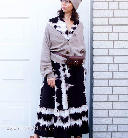 Kleid Sombra und Cardigan Lene